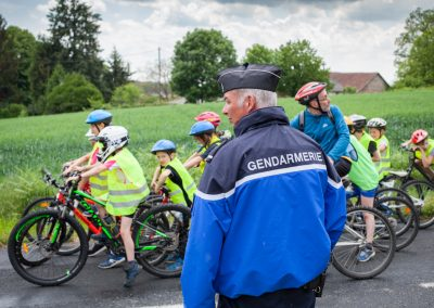 Sous la protection de la gendarmerie