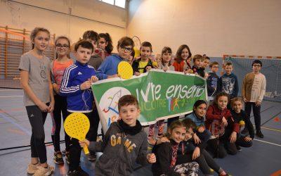 Congrès des enfants : les jeunes officiels de la Vienne maîtrisent le débat